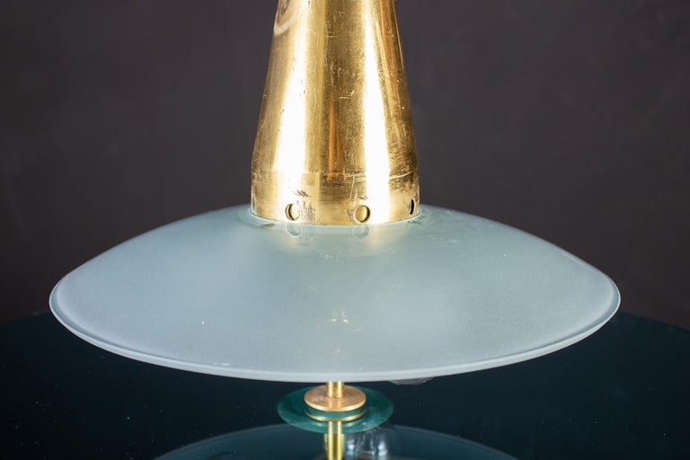 Max Ingrand for Fontana Arte Attributed Round Crystal and Brass Chandelier, 1940 For Sale 3