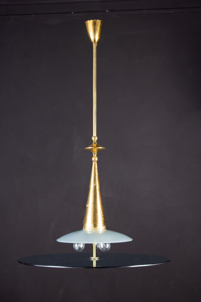 Italian Max Ingrand for Fontana Arte Attributed Round Crystal and Brass Chandelier, 1940 For Sale