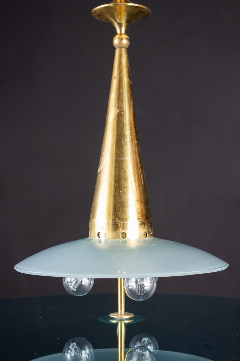 Max Ingrand for Fontana Arte Attributed Round Crystal and Brass Chandelier, 1940 For Sale 1