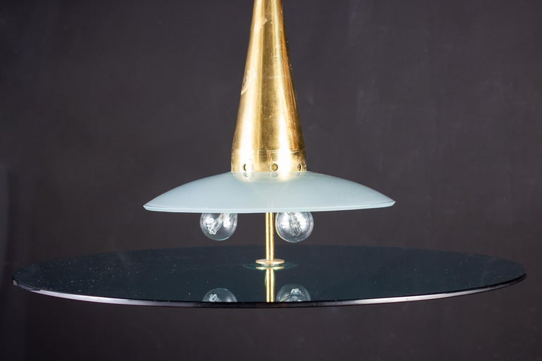 Max Ingrand for Fontana Arte Attributed Round Crystal and Brass Chandelier, 1940 For Sale 2