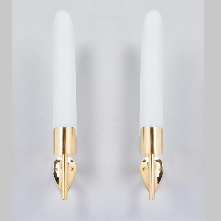 Mid-Century Modern Max Ingrand for Fontana Arte Long Sculptural Brass and Glass Sconces Italy 1950s For Sale