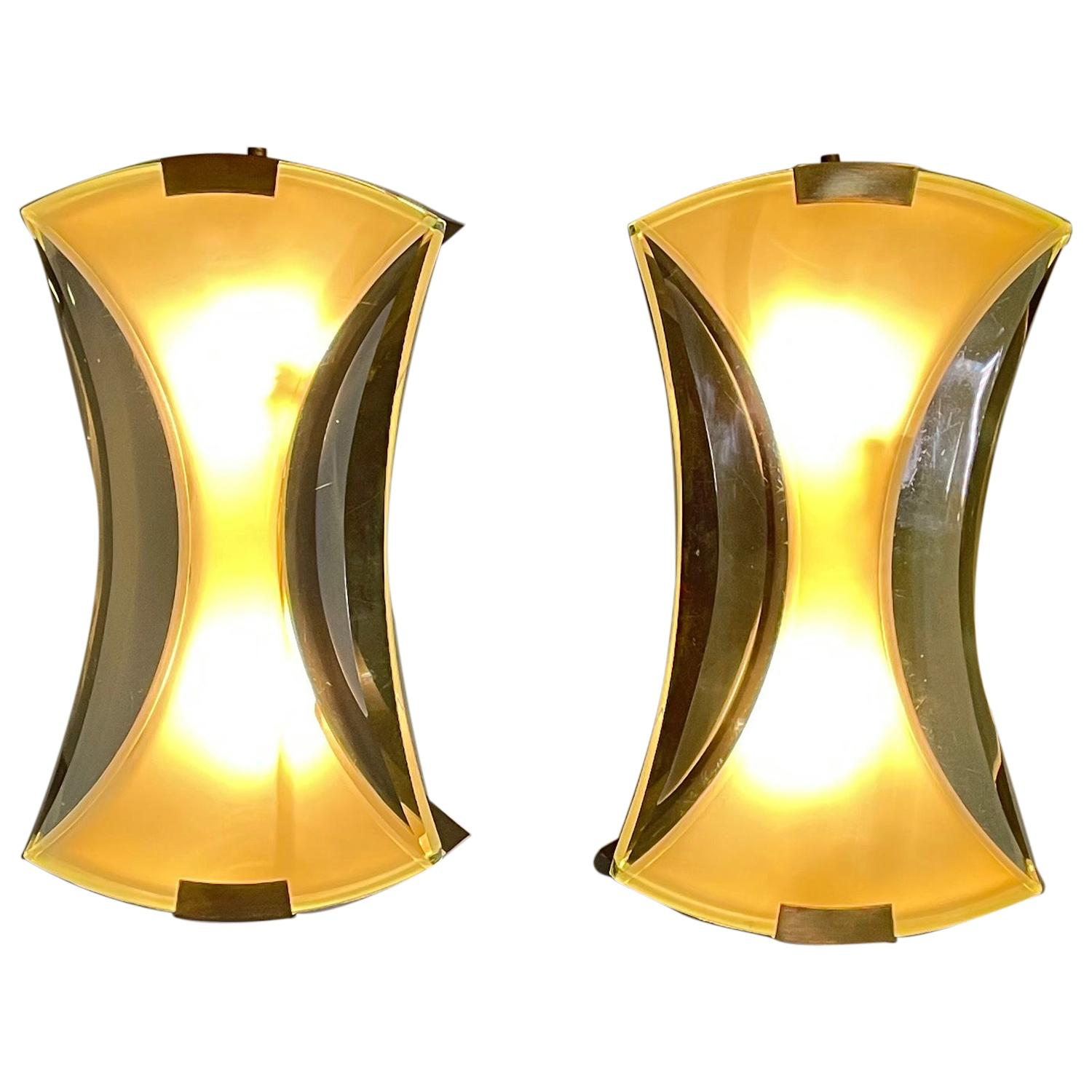 Max Ingrand for Fontana Arte Pair of Sconces Model 2225