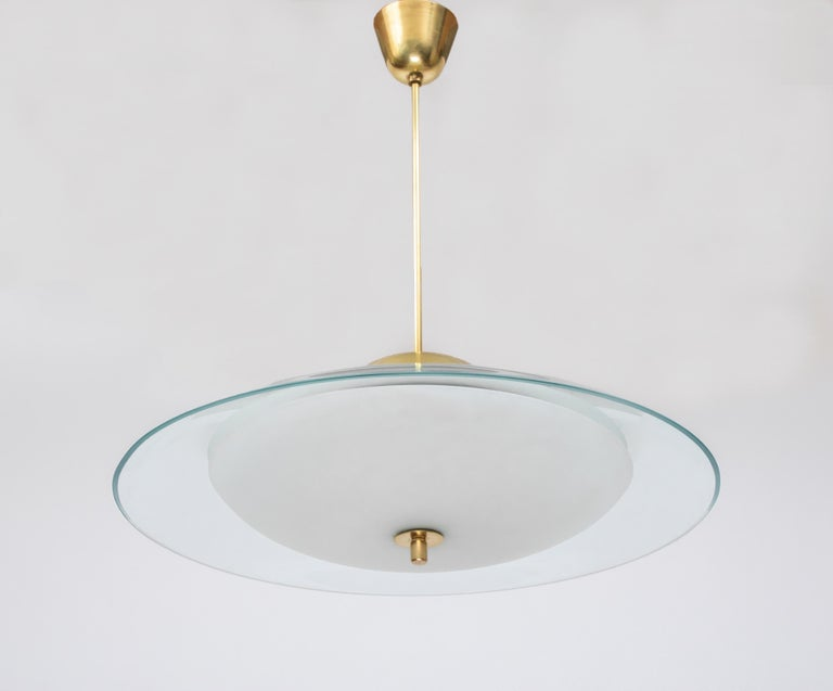 Italian Max Ingrand for Fontana Arte Round Crystal and Brass Chandelier, Italy 1950's For Sale