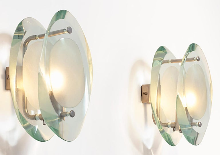 Italian Max Ingrand Four Midcentury Glass Sconces Micro Mod. 2093 for Fontana Arte 1960s For Sale