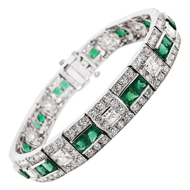 Art Deco Inspired Zambian Emeralds Diamonds Platinum Bracelet For Sale