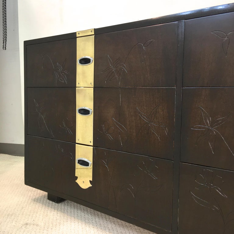 Max Keuhne Style Chest of Drawers with Incised Flowers and Brass Ribbon For Sale 3