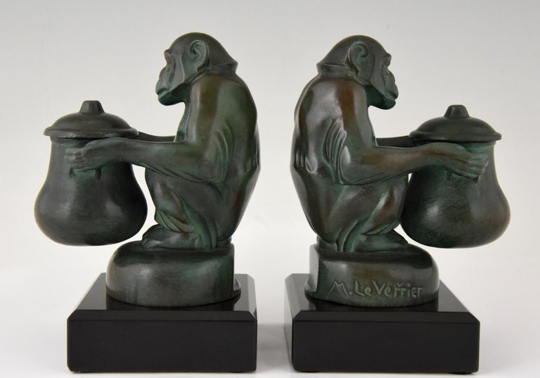 A nice pair of Art Deco monkey bookends by the famous French artist Max Le Verrier. 