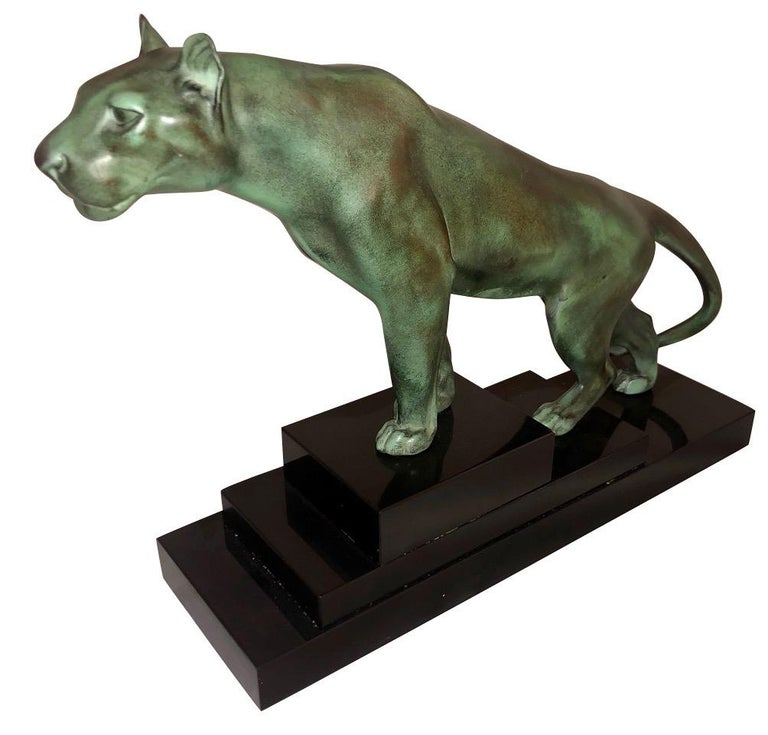 Max Le Verrier Art Deco sculpture of a panther France 1930   Beautifully sculpted panther modelled climbing and leaning forward, looking keenly interested in what lies ahead. Alert and at the ready, this fine animal strikes a powerful yet elegant