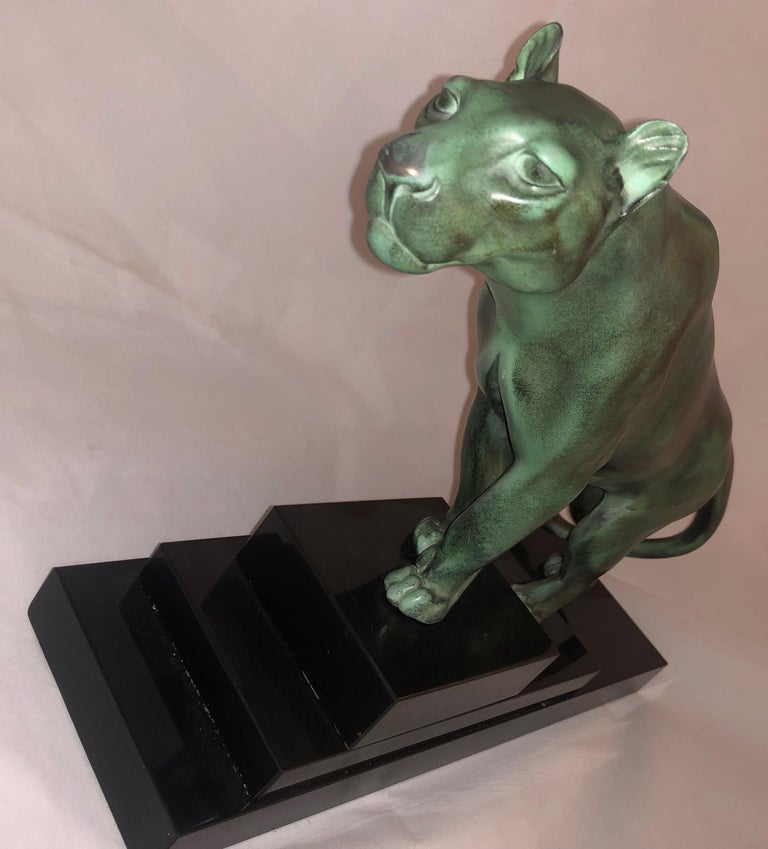 Max Le Verrier Art Deco Sculpture of a Panther, France, 1930 In Good Condition For Sale In Oakland, CA