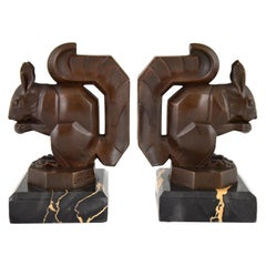 Max Le Verrier Art Deco Squirrel Bookends Brown Patina Marble Base, France, 1930