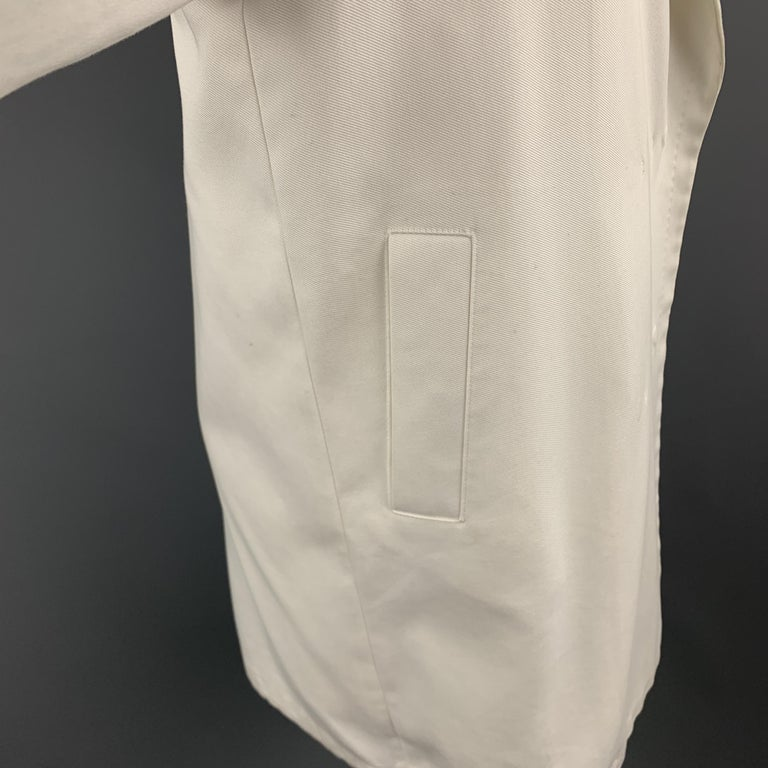 Women's MAX MARA Size 2 White Cotton Hidden Snap Pointed Lapel Coat For Sale