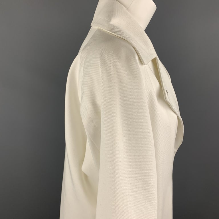 MAX MARA Size 2 White Cotton Hidden Snap Pointed Lapel Coat For Sale 1