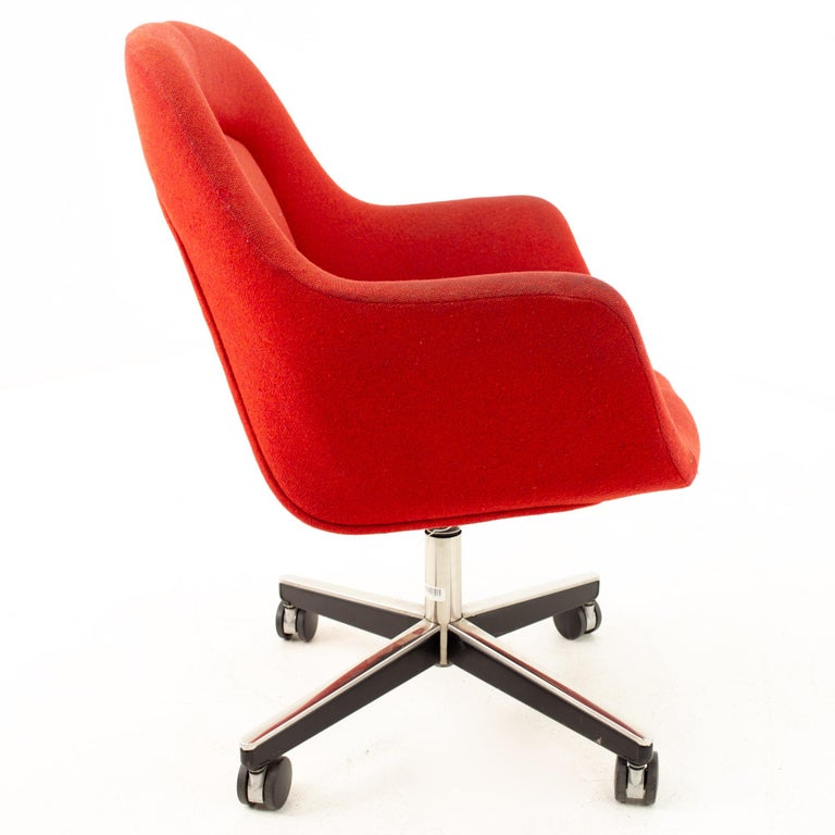 Max Pearson for Knoll mid century red upholstered office desk chair Chair measures: 26 wide x 24 deep x 34 high with a seat height of 25 inches  This piece is available in what we call restored vintage condition. Upon purchase it is thoroughly
