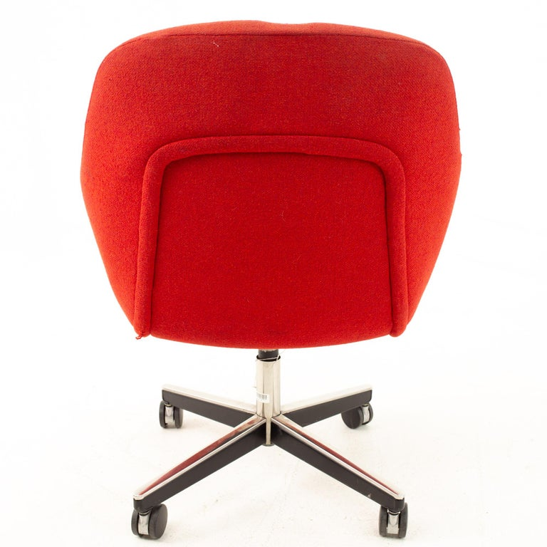 American Max Pearson for Knoll Mid Century Red Upholstered Office Desk Chair For Sale