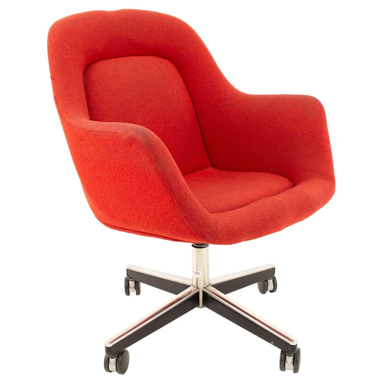 Max Pearson for Knoll Mid Century Red Upholstered Office Desk Chair For Sale