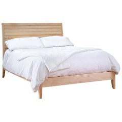 Maymont Bed Maple Queen Size