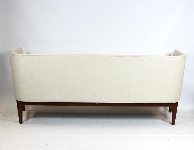 Mayor Sofa, Model AJ5, Designed by Arne Jacobsen and Flemming Lassen For Sale 1