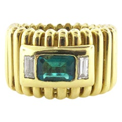 MAZ Emerald and 18 Karat Yellow Gold Band
