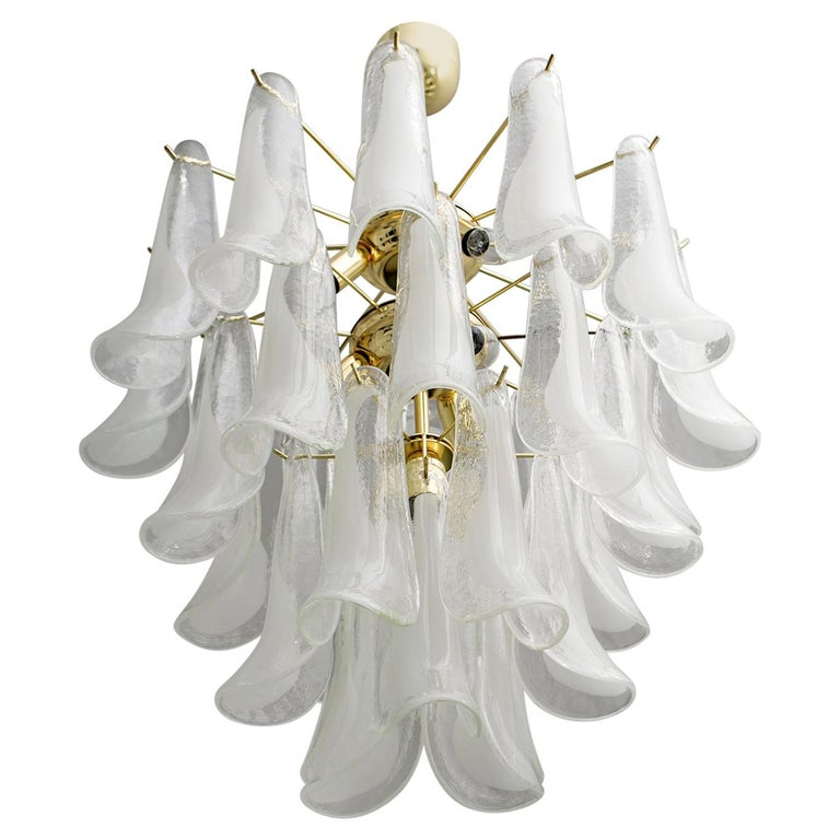 Mazzega Mid-Century Modern Italian Murano Glass and Brass Chandelier, Late 1980s For Sale