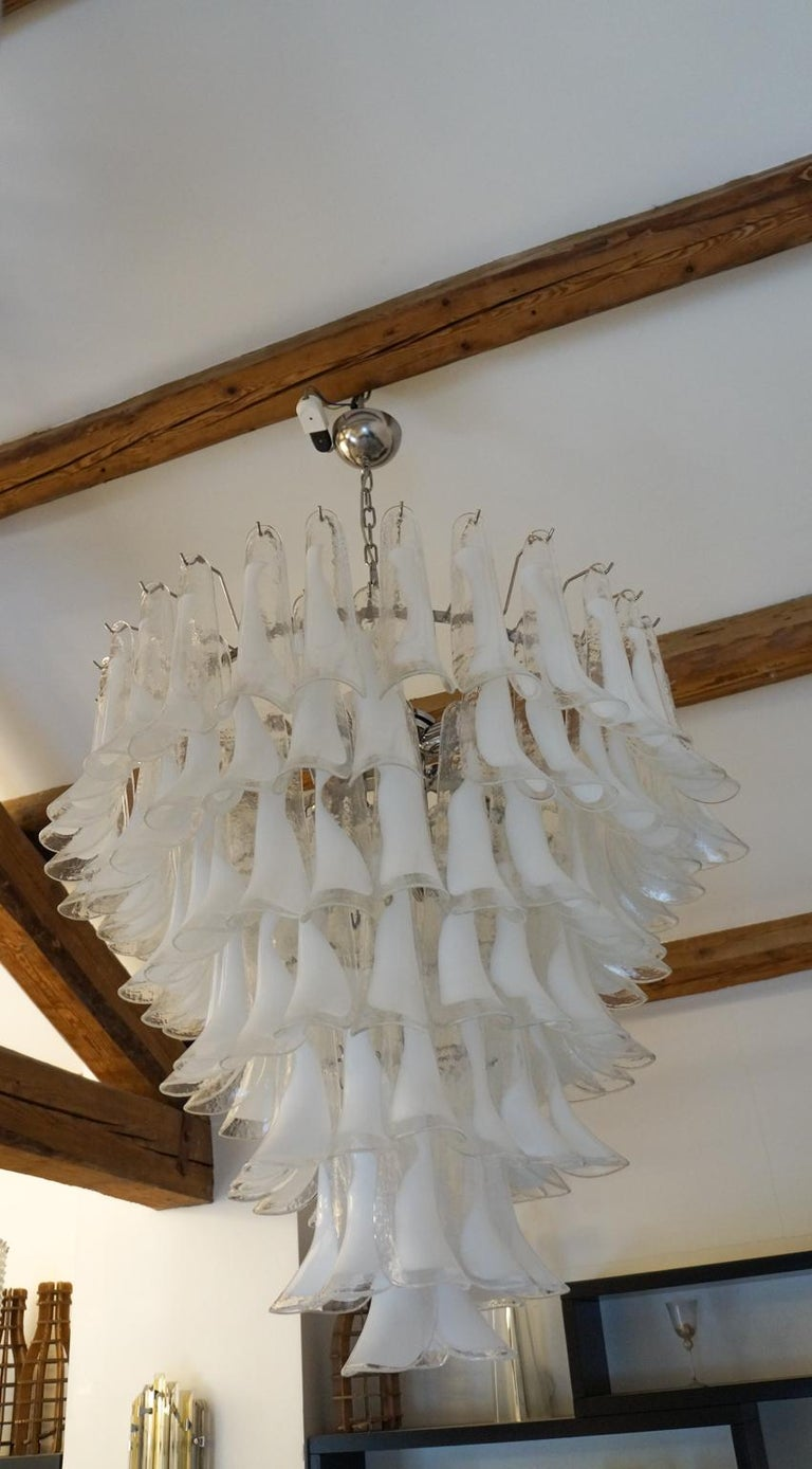 Mazzega Mid-Century Modern White Murano Glass Selle Chandelier, 1988s For Sale 11