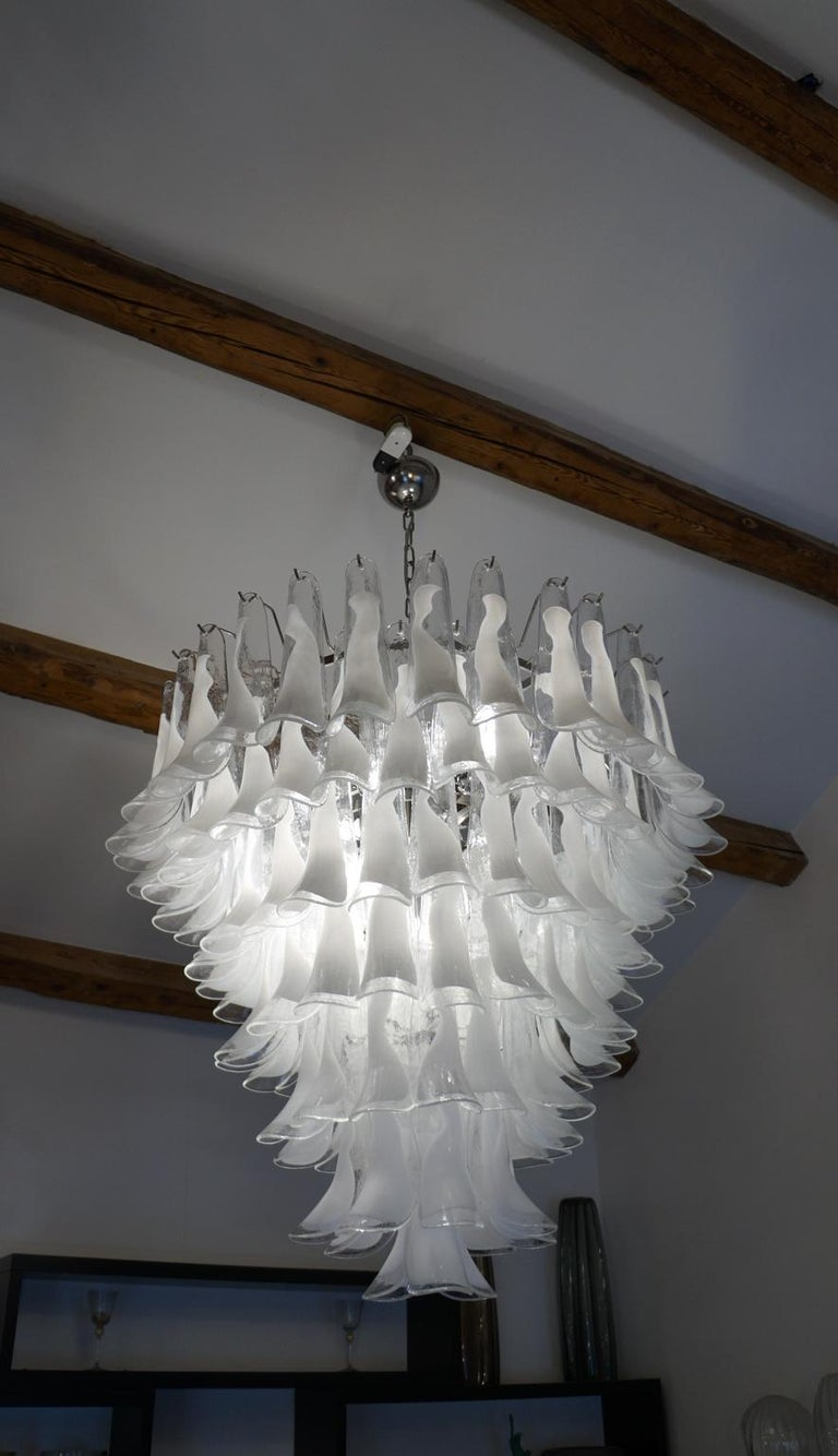 Italian Mazzega Mid-Century Modern White Murano Glass Selle Chandelier, 1988s For Sale