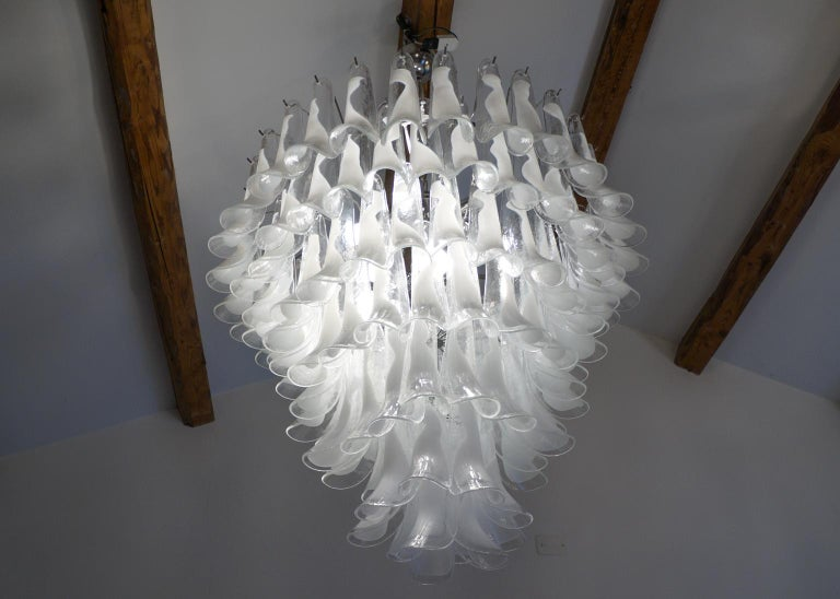 Mazzega Mid-Century Modern White Murano Glass Selle Chandelier, 1988s For Sale 1