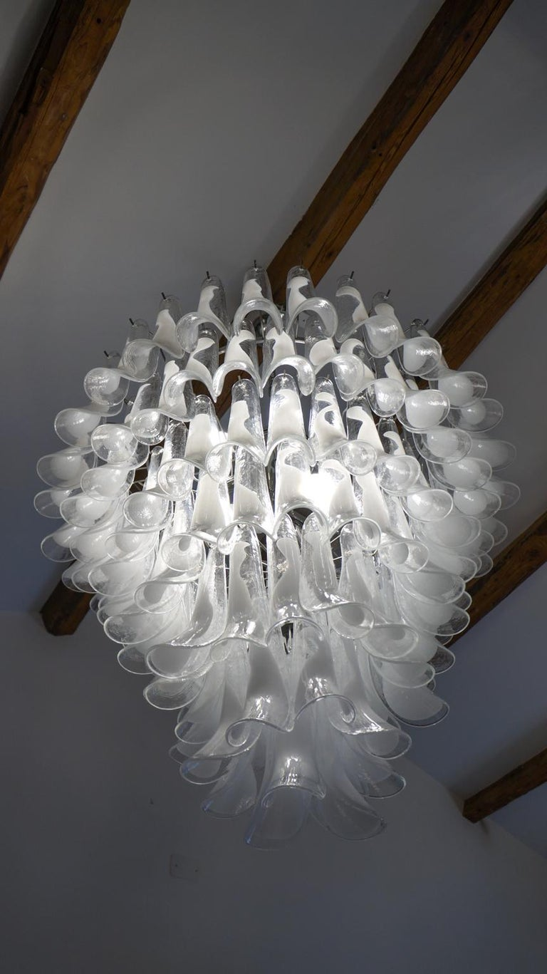 Mazzega Mid-Century Modern White Murano Glass Selle Chandelier, 1988s For Sale 2