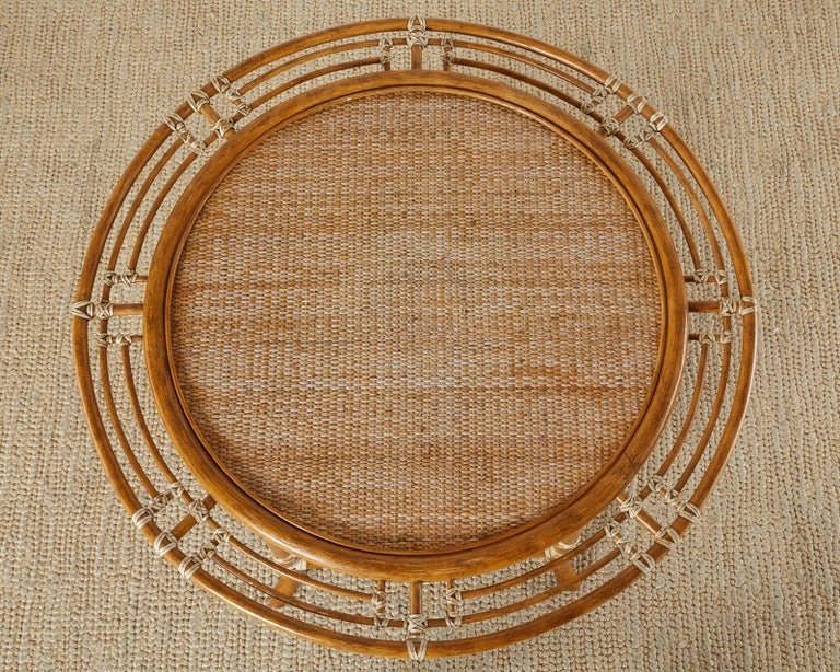 McGuire Rattan Raffia Round Occasional or Centre Table In Good Condition In Oakland, CA