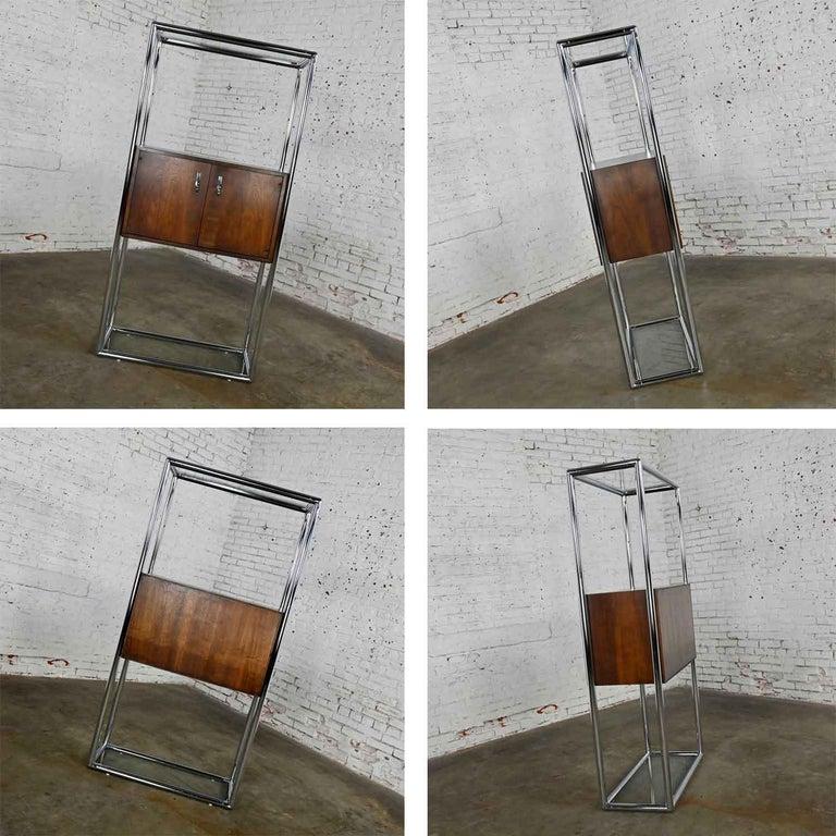 MCM Chrome & Walnut Veneer Display Cabinet or Room Divider 3 Piece Unit by Lane For Sale 10