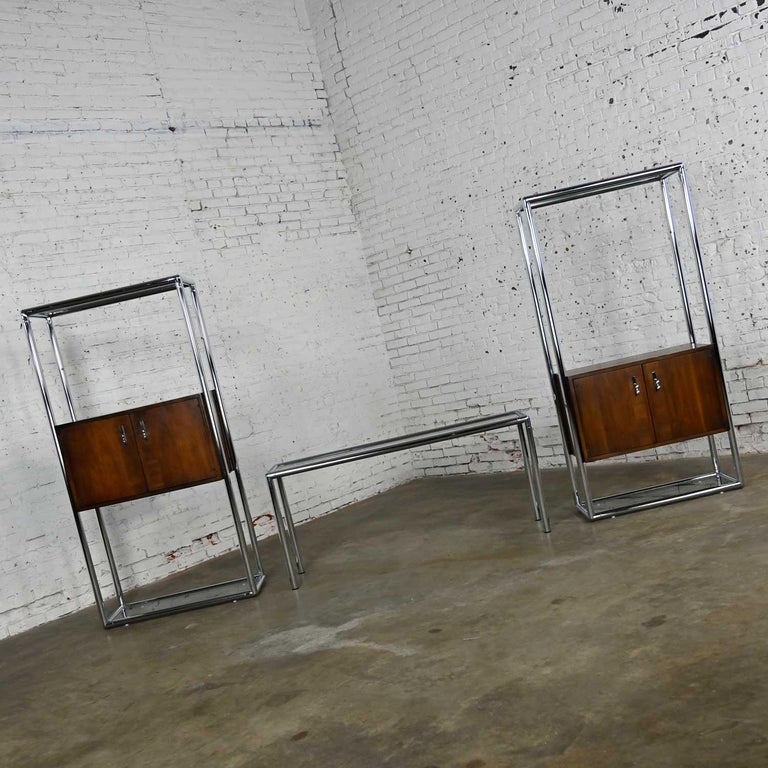 MCM Chrome & Walnut Veneer Display Cabinet or Room Divider 3 Piece Unit by Lane In Good Condition For Sale In Topeka, KS