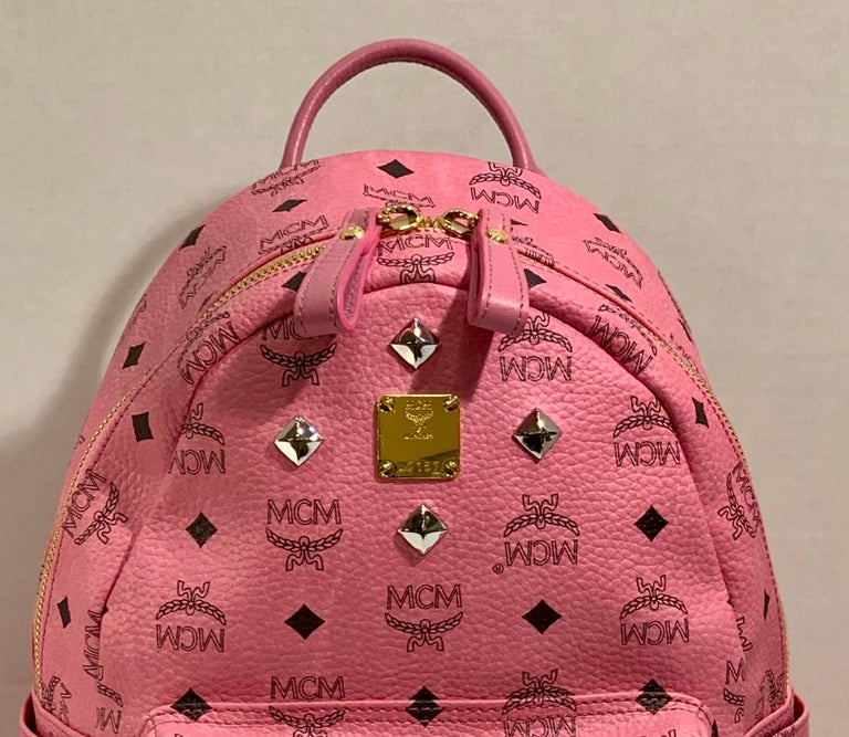 MCM Worldwide Medium Stark Backpack Pink and Black Visetos with Gold Studs For Sale 1