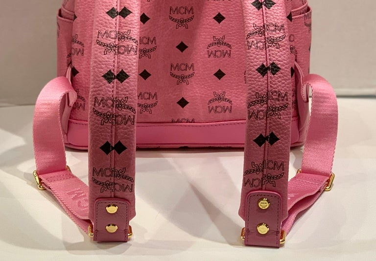 MCM Worldwide Medium Stark Backpack Pink and Black Visetos with Gold Studs For Sale 4