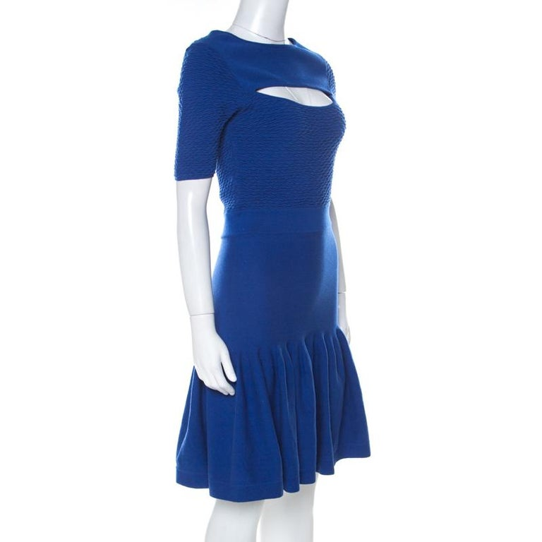 McQ by Alexander McQueen Blue Jersey  Neck Detail Fitted Fishtail Midi Dress S In Good Condition For Sale In Dubai, Al Qouz 2