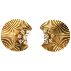 McTeigue Retro Gold Ruffled Earrings with Diamonds