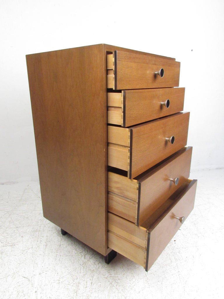 Md-Century Modern George Nelson Lingerie Chest In Good Condition For Sale In Brooklyn, NY