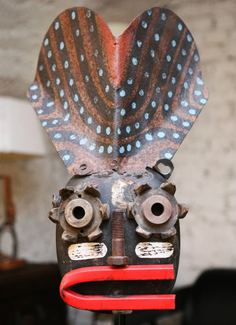 Mecano Smile Sculpture in Handcrafted Metal Wrought For Sale 1