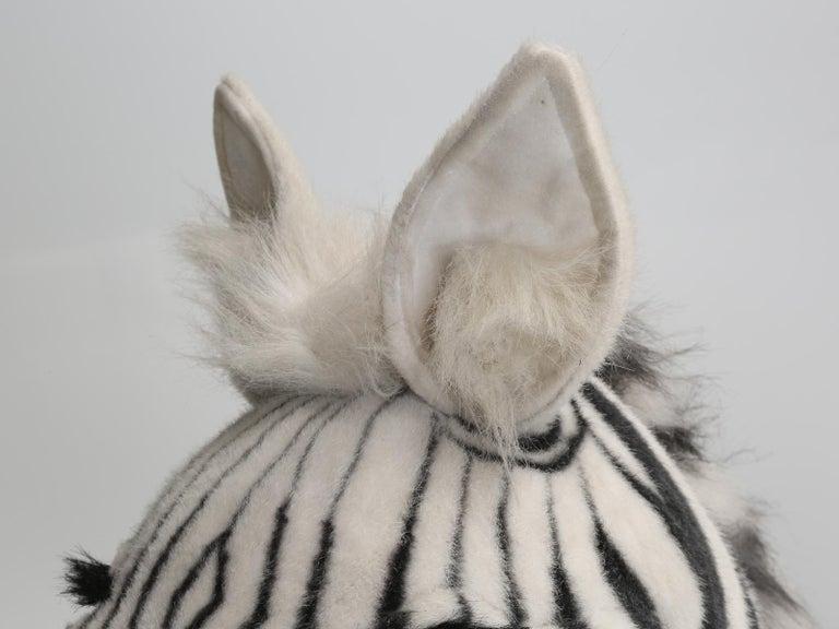 Mechanical or Animated Stuffed Zebra, by Hansa For Sale 4