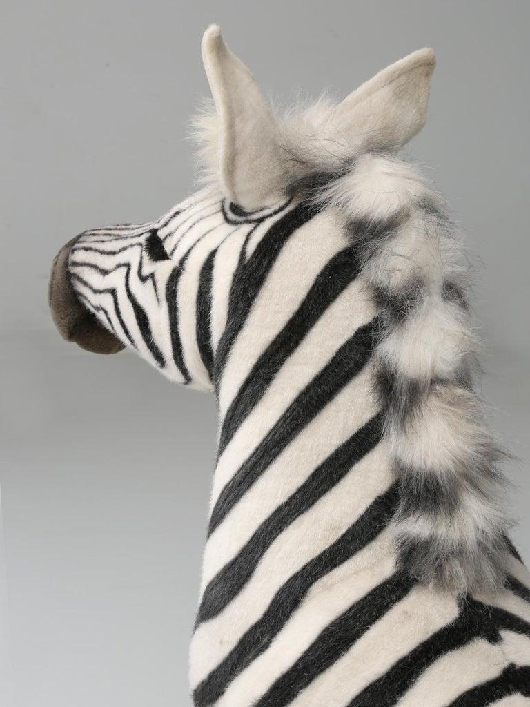 Mechanical or Animated Stuffed Zebra, by Hansa For Sale 5
