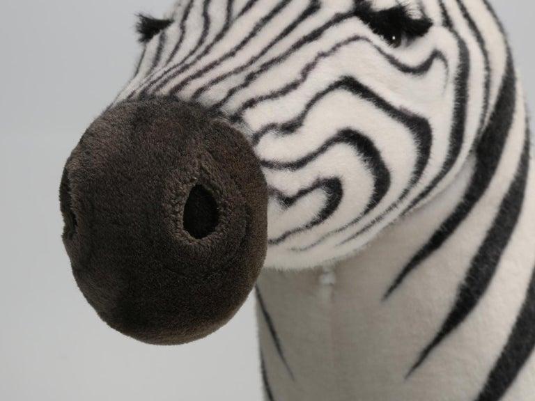 Mechanical or Animated Stuffed Zebra, by Hansa For Sale 2