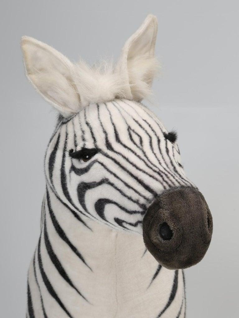 Mechanical or Animated Stuffed Zebra, by Hansa For Sale 3