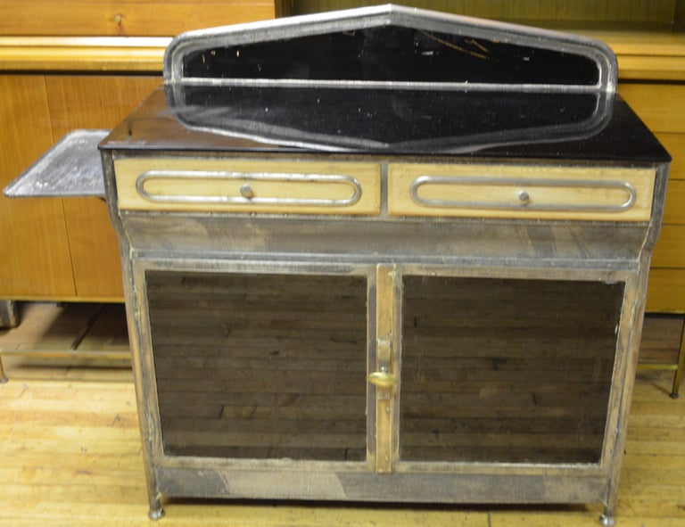 American Medical Cabinet from the Art Deco Period, circa 1920s For Sale