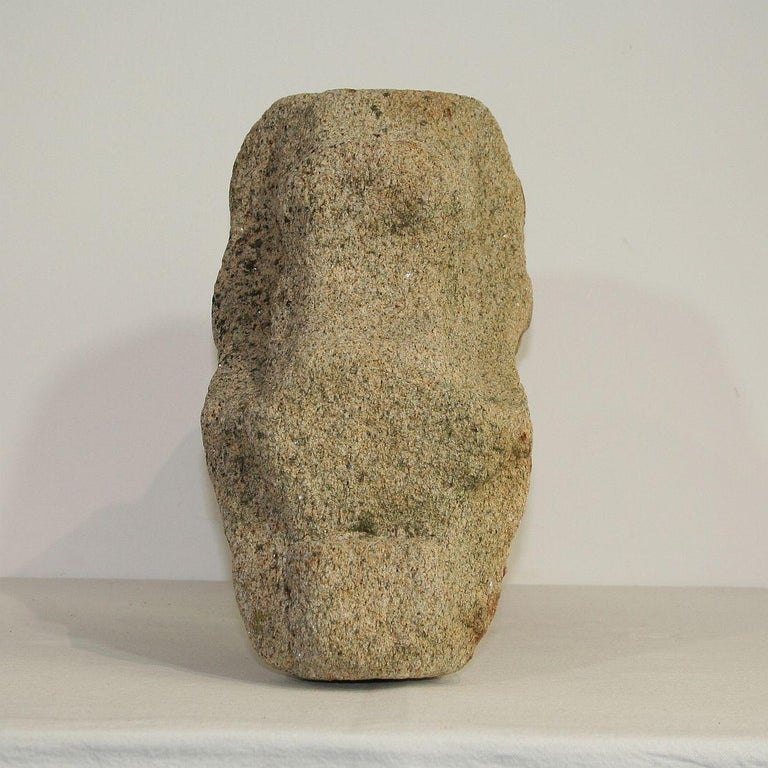 Medieval Gothic French Carved Stone Architectural Fragment In Good Condition For Sale In Amsterdam, NL