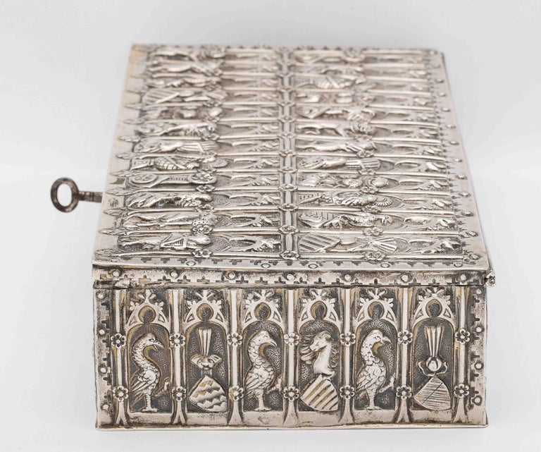 Medieval Style Continental Silver Jewelry Box For Sale 3