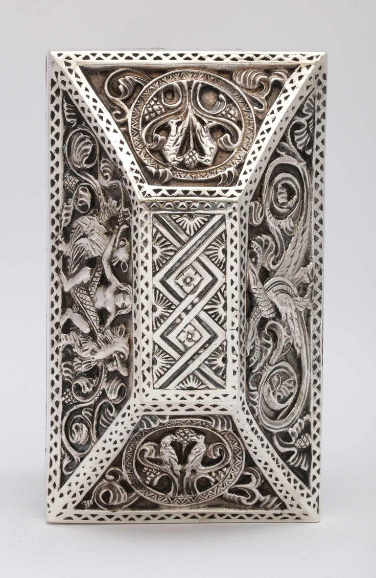 Medieval-Style Sterling Silver '.950' Footed Jewelry Box with Hinged Lid, Paris For Sale 13
