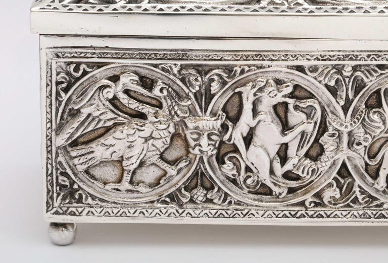 Medieval-Style Sterling Silver '.950' Footed Jewelry Box with Hinged Lid, Paris For Sale 1