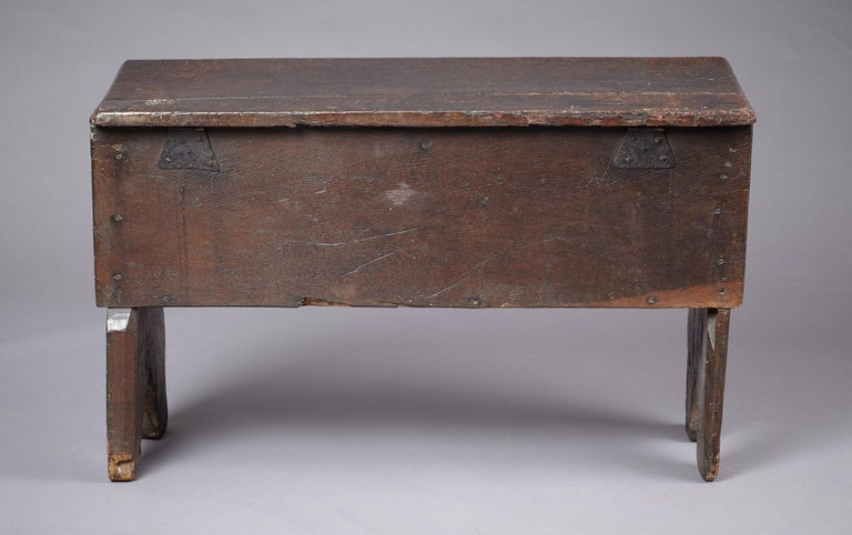 Medieval, Tudor Oak Boarded Chest, Henry VII / VIII, English, circa 1480-1530 For Sale 6