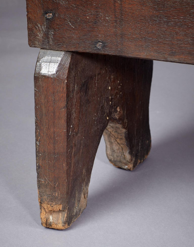 Medieval, Tudor Oak Boarded Chest, Henry VII / VIII, English, circa 1480-1530 For Sale 9