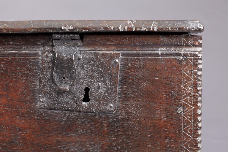 18th Century and Earlier Medieval, Tudor Oak Boarded Chest, Henry VII / VIII, English, circa 1480-1530 For Sale