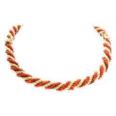 Mediterranean Coral 18 Karat Gold Choker Bracelet Combination