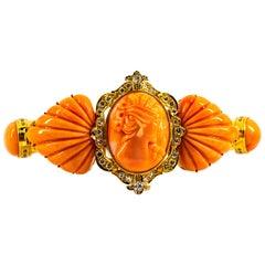 Mediterranean Peach Coral 0.85 Carat White Diamond Yellow Gold Venus Bracelet